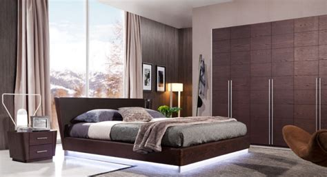 Modern Wooden Bedroom Furniture Set Equipped With Led
