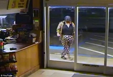 pudgy thief  polka dot pants forgets mask fails