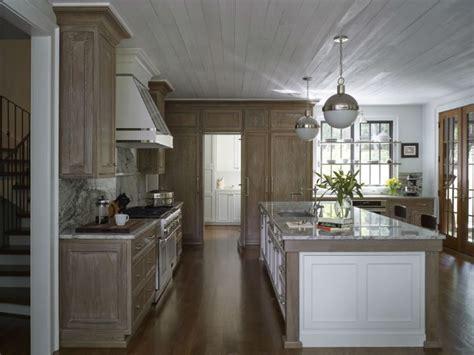 Timeless And Singular Kitchen Designs
