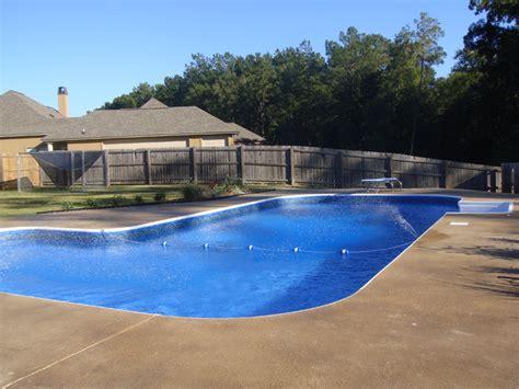 L Shaped Pool In Arizona Custom Design