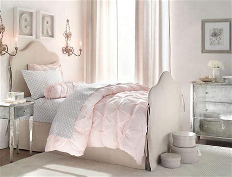 Blending Modern Vintage Bedroom Into Classy Freshnist