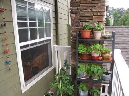 Patio Gardens Apartments by 9 Beautiful Exles Of Apartment Gardening
