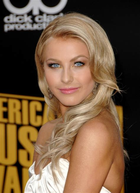 julianne hough   impressive  trendy hairstyles