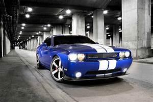 Blanc Bleu Automobiles : dodge blanc dodge challenger srt8 392 au sema show ~ Gottalentnigeria.com Avis de Voitures