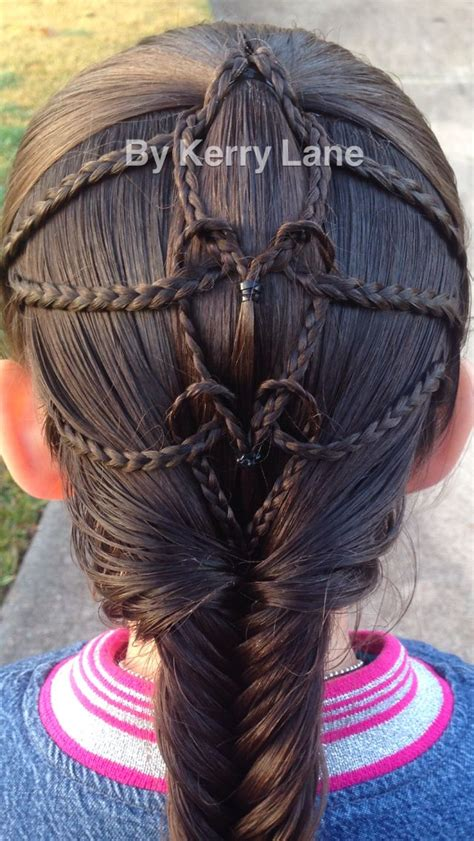 1000 Ideas About Mermaid Braid Tutorials On Pinterest