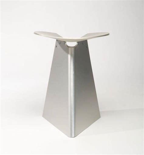 Sgabelli Impilabili by Dal Giappone Gli Sgabelli Impilabili In Metallo