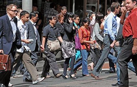 bureau d immigration australien australian population growth fastest for 50 years data