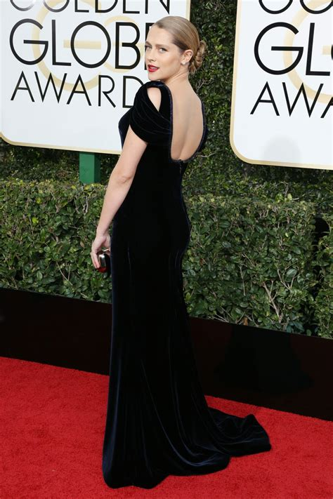 Teresa Palmer 2017 Golden Globes