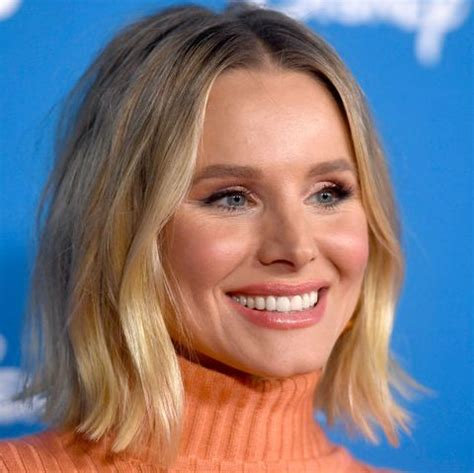 kristen bell shows  toned abs   post workout instagram