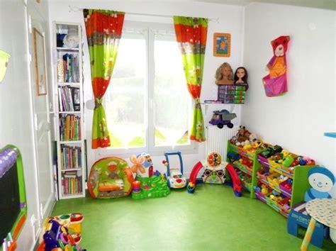 le de bureau opaline verte qgencement salle de jeux pour enfant design de maison