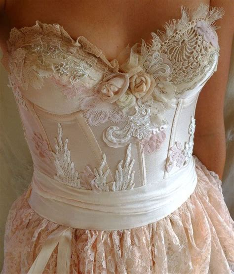 wedding dresses shabby chic best 25 shabby chic wedding dresses ideas on pinterest bridesmaid gown hangers chic wedding
