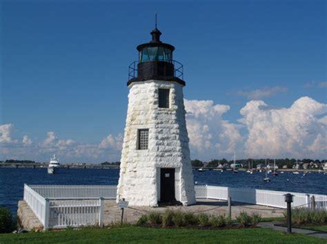 harbor lights lighthouses newport harbor lighthouse american lighthouse foundation
