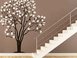 Pflanzen Im Treppenhaus : wandtattoo im treppenhaus auf treppe wand co ~ Orissabook.com Haus und Dekorationen