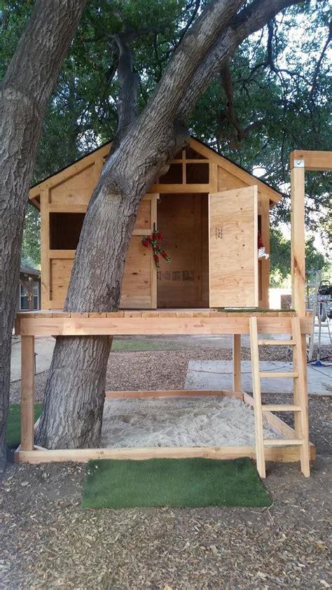 ana white treehouseplayhouse diy projects