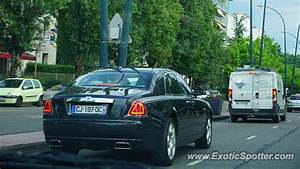 Rolls Royce France : rolls royce ghost spotted in annecy france on 05 29 2017 ~ Gottalentnigeria.com Avis de Voitures