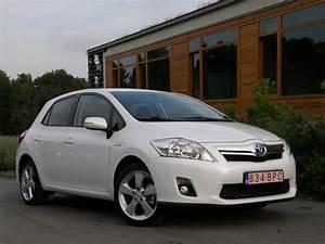 Fiabilité Toyota Auris Hybride : la fiche essai ~ Gottalentnigeria.com Avis de Voitures