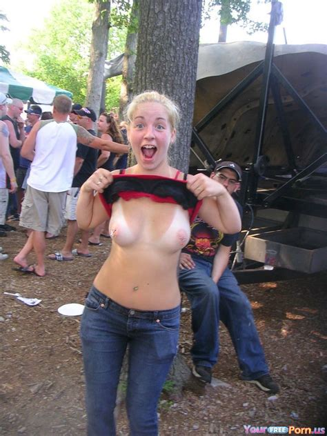 Flashing Her Tits On A Festival Poor Nerd In The Back