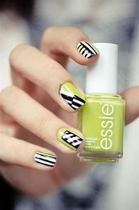 Melange De Couleur Pour Obtenir Du Beige : nail nail manicures and neon yellow nails on pinterest ~ Dailycaller-alerts.com Idées de Décoration