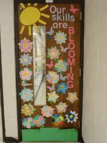 mrs callaghan s classroom spring door decoration