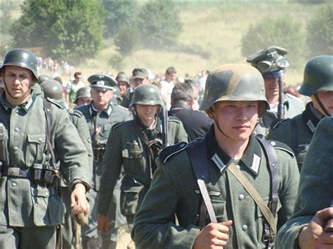 world war 2 in color world war 2 images germany marching through poland 1939