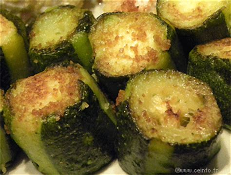 comment cuisiner la courgette bûches de courgettes poêlées recette light les légumes