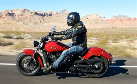 Review Indian Scout Sixty by 112415 2016 Indian Scout Sixty 2015 Scout60 Burns 128