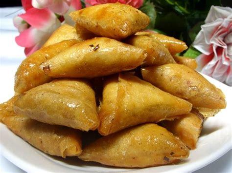 recette cuisine recette briouats aux amandes et cacahuètes recette