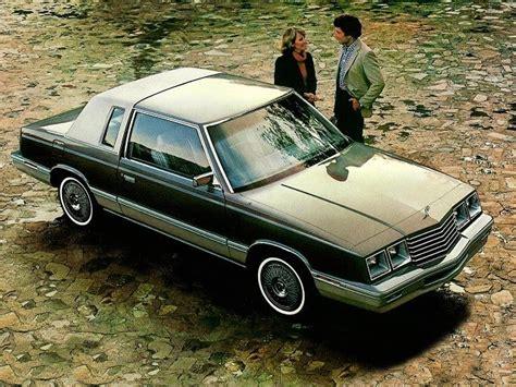 car style critic chrysler  cars plain  fancy