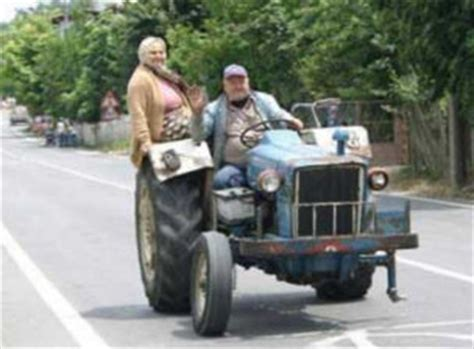 Garden Stool On Wheels Uk by Funny Tractor Pictures 3 Wheels On My Wagon