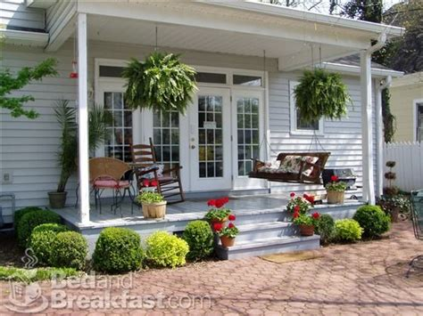 25 best ideas about small back porches on