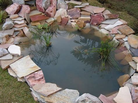 Build Backyard Pond by 20 Impressive Diy Water Feature And Garden Pond Ideas