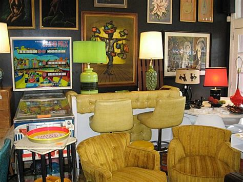 Squaresville Vintage Clothing & Retro Home Decor In Tampa