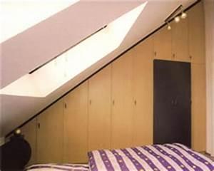 Schrank Für Dachschräge : schrank in dachschr ge mit t r berbau pictures to pin on pinterest ~ Sanjose-hotels-ca.com Haus und Dekorationen