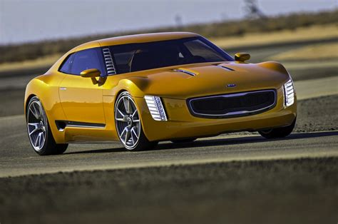 2015 Kia Gt4 Stinger by Kia Gt4 Stinger To Hit Showrooms By 2015 Report