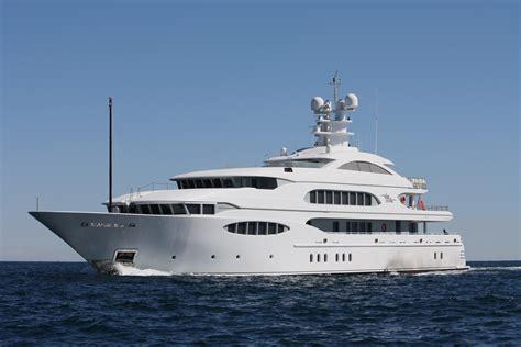 vive la vie superyachts news luxury yachts charter