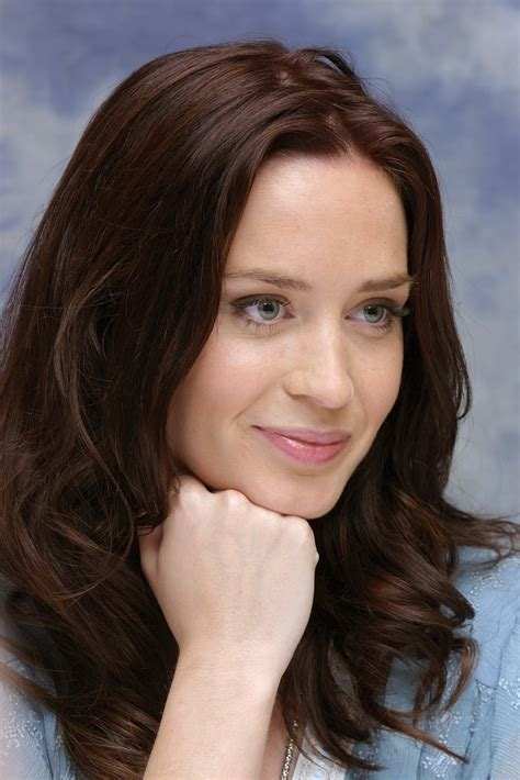 Emily Blunt Hair Color - Hair Colar And Cut Style