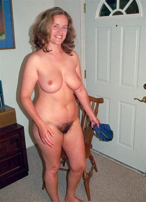 Completely Naked Matures Bilder