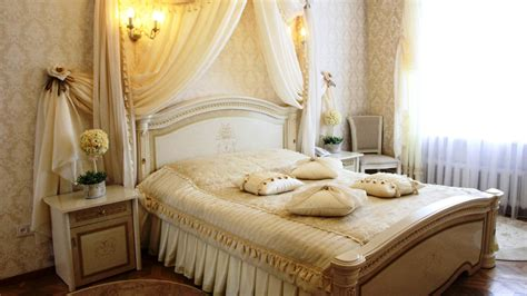 Tricks To Decorate Most Romantic Bedroom  Royal Furnish