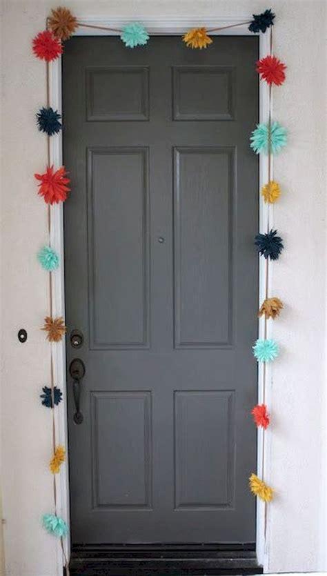 dorm room doors ideas  pinterest college dorm
