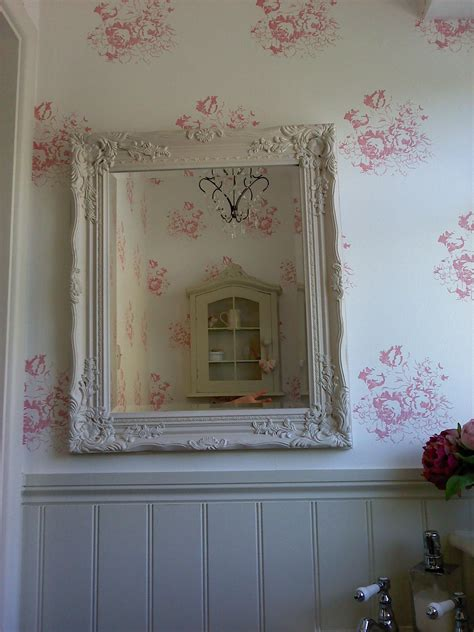 cottage style wallpaper cloakroom cabbages roses wallpaper interiors and