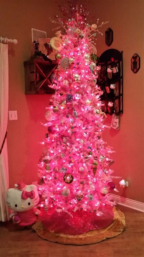 eye catchy pink christmas trees   shelterness