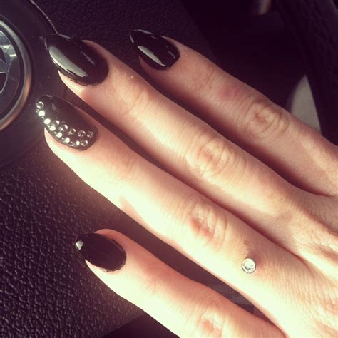new years nails almond shaped black nails dermal