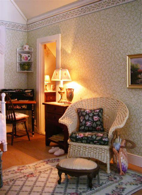 pats miniatures lilac cottage