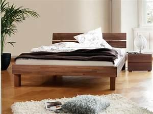 Lit Bois Massif Design : lit en bois massif vente de lits en bois massif dormissima ~ Teatrodelosmanantiales.com Idées de Décoration