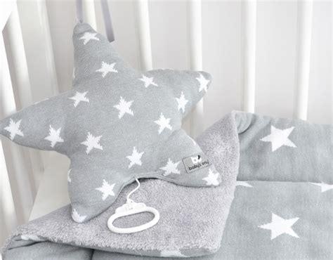 toile chambre bébé fille theme etoile chambre bebe maison design sphena com