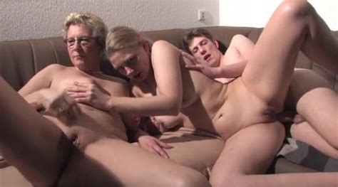 Real Amateur Couples Threesome Ffm
