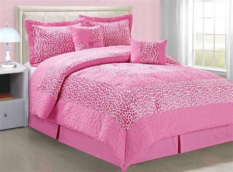 retro giraffe bed comforter 6 piece bedding set blissful