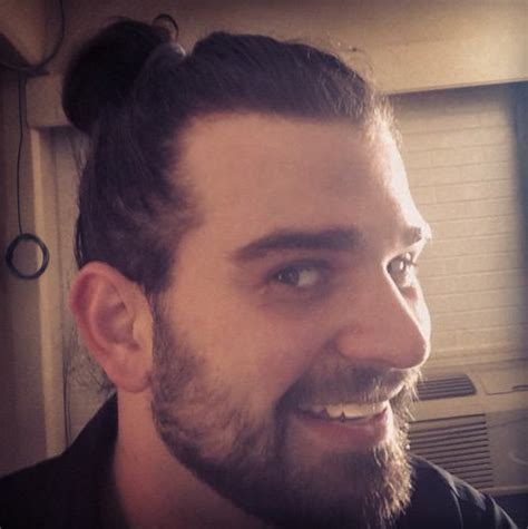 Man Bun Hairstyle: Where to Place It on Your Head?   Best