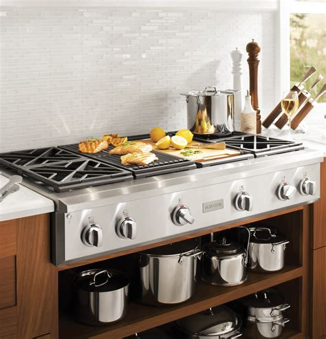 zgungpss monogram  professional gas rangetop   burners grill  griddle