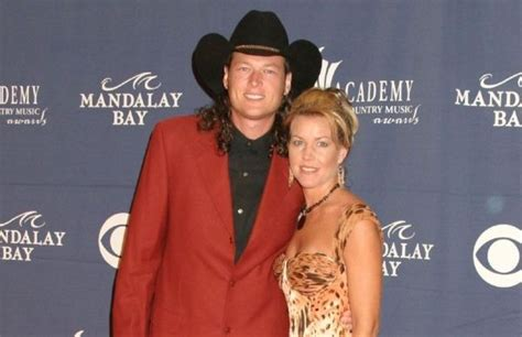 blake shelton first wife best 25 blake shelton first wife ideas on pinterest